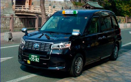 小型タクシーワンボックス 画像